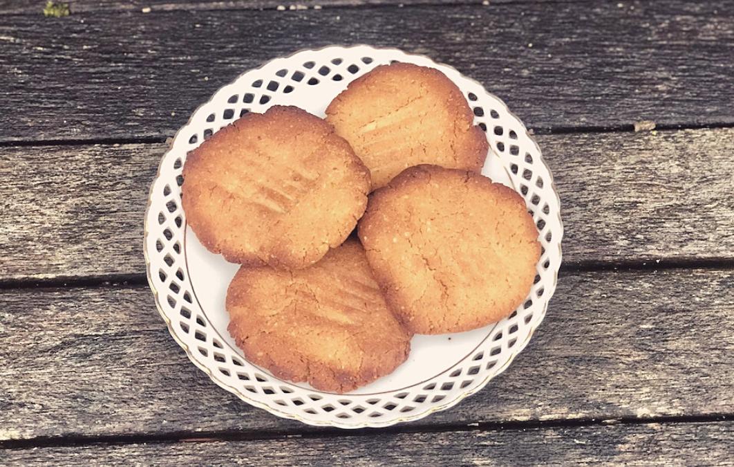 Lemon + Cashew Cookies